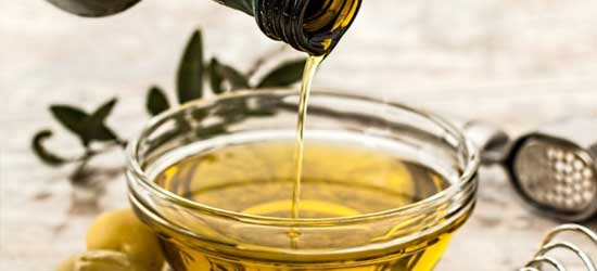 How to remove paint with cooking oil