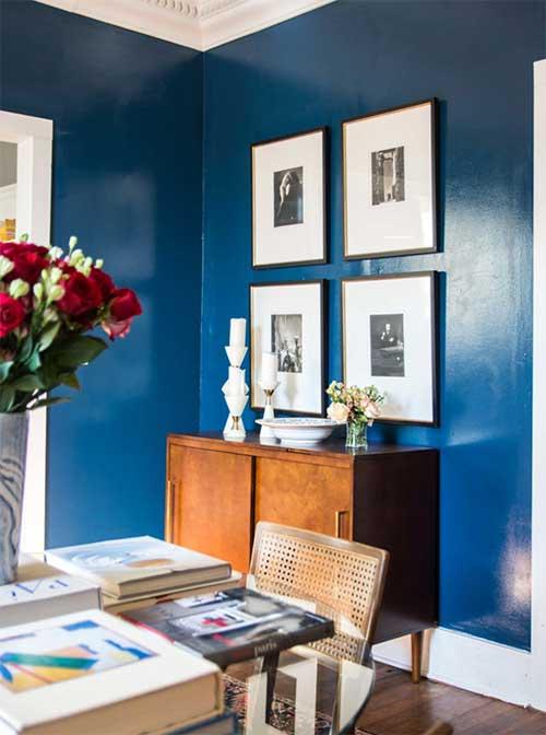 Satin-Paint-on-room-wall